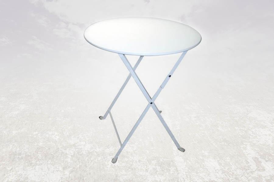 Noleggio tavoli e sedie in legno plexiglass vimini per for Tavolini bianchi
